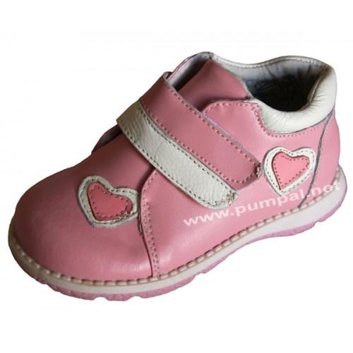 Обувки сърчица
