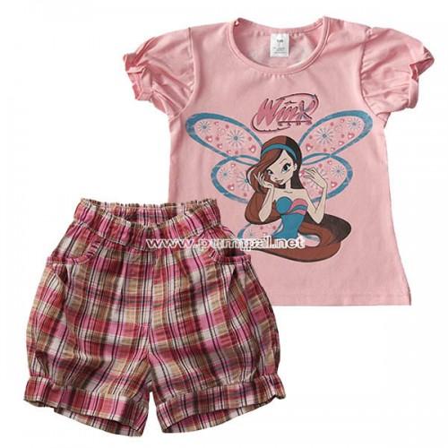 Розова блузка Winx с къси панталонки